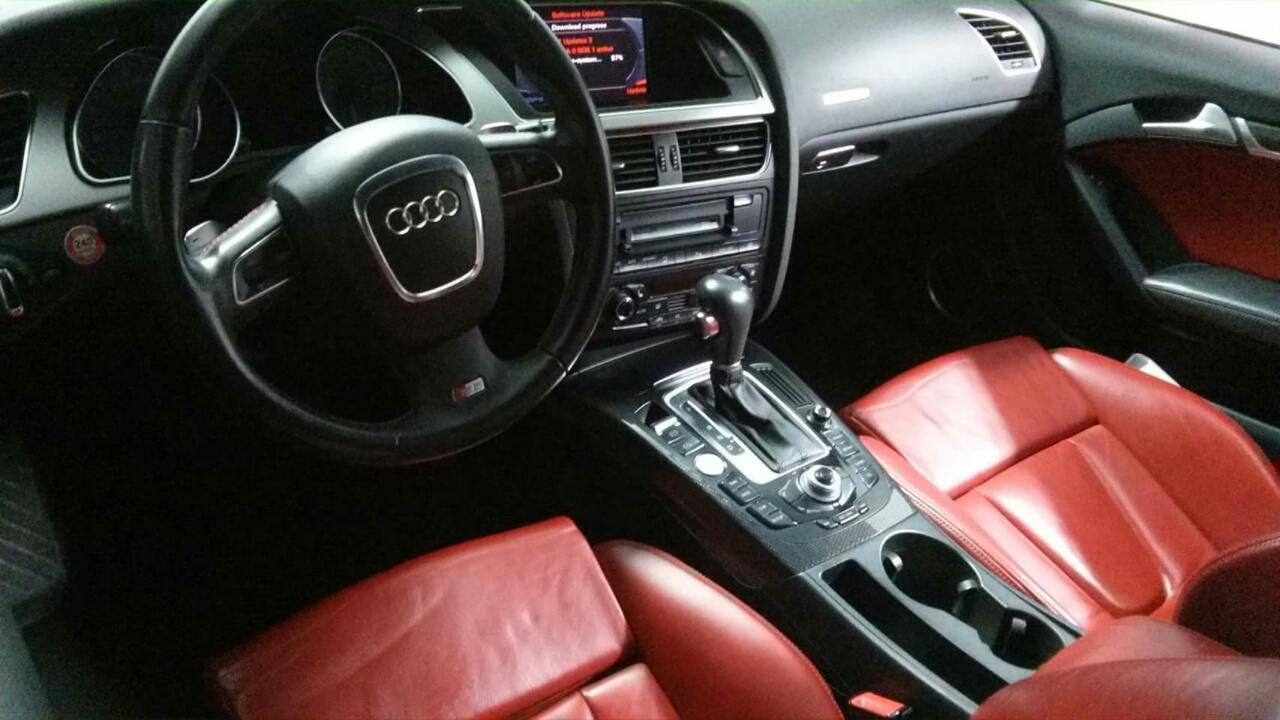 AUDI S5 4.2 V8 2009